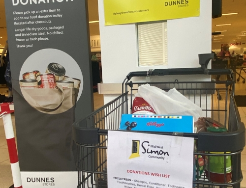 Mid West Simon & Dunnes Stores Team up with a Donations WishList.